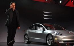 Elon Musk chứng minh khả năng chịu va đập phi thường của Tesla Model 3, vượt trội so với các dòng xe truyền thống nhờ vào việc nó là...xe điện