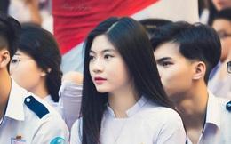 Cô bạn 18 tuổi chứng minh con gái Việt mặc áo dài lúc nào cũng là xinh nhất
