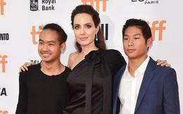 Pax Thiên giờ đã là quý tử cao nhất nhà Angelina Jolie, xuất hiện đầy chững chạc trên thảm đỏ