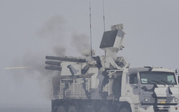 """Trút mưa đạn diệt mục tiêu, tổ hợp pháo-tên lửa Pantsir-S1 lên tiếng: Đừng đụng vào """"Gấu"""""""