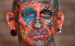 Người đàn ông trở thành triển lãm tranh di động với hơn 800 hình xăm trên cơ thể