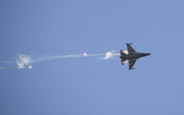 NÓNG: QĐ Syria vừa bắn tên lửa phòng không vào chiến đấu cơ Israel và đã phải trả giá đắt