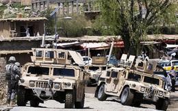 Taliban xông vào căn cứ Afghanistan, giết gần hết binh sĩ