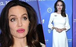 Sánh bước bên 2 con gái, Angelina Jolie lộ thân hình gầy gò đến báo động