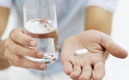 Dược sĩ khuyên: Bổ sung canxi cần đúng thời điểm, mắc sai lầm này chẳng khác nào chưa uống