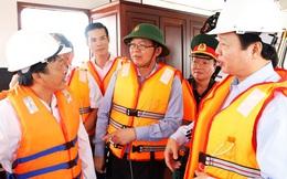 10 tàu hàng gặp nạn trên biển Quy Nhơn: Khẩn trương trục vớt tàu chìm