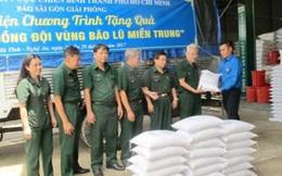 Hỗ trợ gạo cứu đói cho người dân vùng bị bão lũ