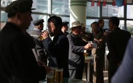 Tình báo Hàn Quốc: Đối phó với cấm vận, Triều Tiên cấm người dân nhậu nhẹt