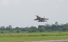 Phi công Trung đoàn 923 mưu trí xử trí thành công bất trắc trên không trong khi thực hành bay huấn luyện