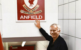 MU: Thiên hạ cứ chê, còn Mourinho mỉm cười...