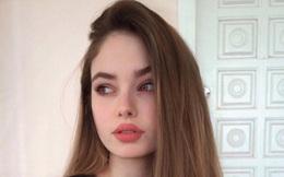 Cô gái 15 tuổi được ví là bản sao thời trẻ của Angelina Jolie