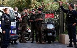 Pháp: Lao xe vào nhóm binh sĩ, 6 người bị thương