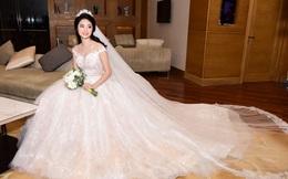 Váy cưới nửa tỷ đồng của hoa hậu 21 tuổi lấy chồng đại gia hơn 19 tuổi