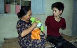 Rơi nước mắt hoàn cảnh chàng trai bị tai nạn mất tay, vợ bỏ đi, một mình chăm con thơ khát sữa