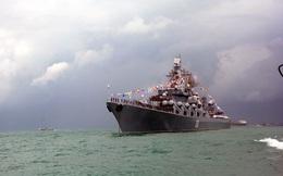 Tàu hộ vệ tên lửa 011 - Đinh Tiên Hoàng dự Lễ duyệt binh tàu Hải quân quốc tế ở Singapore
