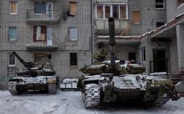 Xe tăng Ukraine sẵn sàng cho tình huống leo thang chiến tranh