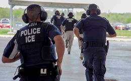Hàng trăm người nhập cư bị bắt trong đợt truy quét mới ở Mỹ