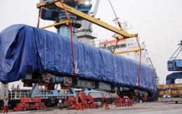 Đầu máy, toa đường sắt Cát Linh – Hà Đông về đến Hải Phòng
