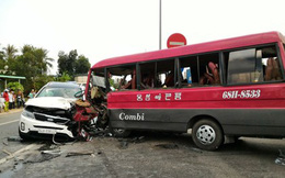 Tài xế bị dính chặt vào cabin sau vụ tai nạn liên hoàn