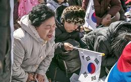 2 người chết trong biểu tình sau khi tổng thống Hàn Quốc bị phế truất