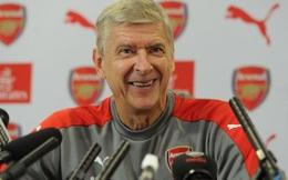 """HLV Wenger phàn nàn về """"một Premier League kì lạ"""""""