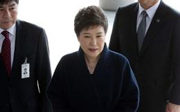 Cựu tổng thống Hàn Quốc có thể phải ngồi tù 45 năm