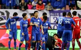 Cầu thủ Trung Quốc bị cắt lương hơn nửa triệu bảng vì đá láo