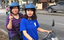 Nữ sinh làm 'xe ôm công nghệ'