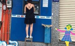 Cận cảnh cây ATM trong bức ảnh gây bão MXH: Cô gái bắc ghế rút tiền vì bậc thềm đã bị dỡ bỏ