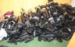 Kiện hàng súng trường ngụy trang trong vỏ bọc máy tiện