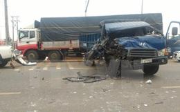 Sáu ôtô đâm liên hoàn trên Quốc lộ 1A khiến hai người bị thương nặng