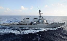 Tàu Iran áp sát tàu Mỹ tại vịnh Ba Tư