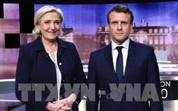 Bầu cử Pháp: Ông Macron tiếp tục nới rộng khoảng cách với bà Le Pen