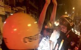 CSGT bắt hai thanh niên táo tợn đánh người cướp xe