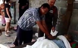 Thái Lan: Đợi đồ ăn quá lâu, nghịch tử cầm dao đâm chết người cha già