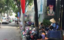 TP Hồ Chí Minh: Vắng bóng lực lượng chức năng, vỉa hè quận 1 'đâu lại vào đấy'