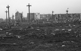 """Xạ thủ """"Tử thần đen"""" một mình hạ 362 phiến quân trong cuộc chiến Chechnya (II)"""