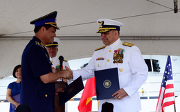 Mỹ bàn giao tàu tuần duyên tải trọng lớn cho Việt Nam