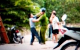Nam thanh niên giật súng, đấm công an bị thương