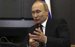 """Ông Putin: """"Tôi ngồi cạnh cố vấn Mỹ nhưng không nói chuyện"""""""