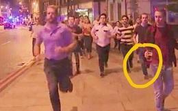Cầm cốc bia chạy trong cuộc tấn công, chàng trai London trở thành anh hùng