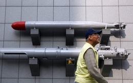 Hạ viện Mỹ hối thúc Tổng thống Trump bán vũ khí cho Đài Loan