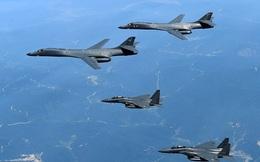 Sinh viên Mỹ vừa qua đời, Washington gửi máy bay ném bom tới bán đảo Triều Tiên