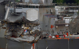 Quyết định đau đớn trên tàu chiến Mỹ bị va chạm