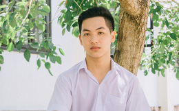 """Nam sinh đạt 10 điểm môn Văn trong kỳ thi THPT Quốc gia: """"Mình bị quá tải tin nhắn chúc mừng"""""""