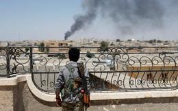 """Thảm cảnh ở Raqqa: """"Ra khỏi nhà là thấy thi thể"""""""