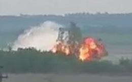 Lộ video máy bay quân sự từ thời Liên Xô phát nổ thành quả cầu lửa