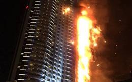 Video: Chung cư cao nhất thế giới ở Dubai bốc cháy dữ dội