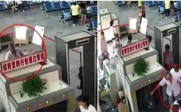 Khách để đồ lên máy soi, nhân viên an ninh bàng hoàng phát hiện ra 2 cánh tay người trong túi hành lý