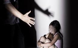 Hải Dương: Khởi tố thợ sơn dâm ô bé gái 9 tuổi
